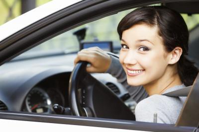 VietinBank giảm thêm đến 0,2%/năm lãi suất vay mua ô tô kết hợp bảo hiểm